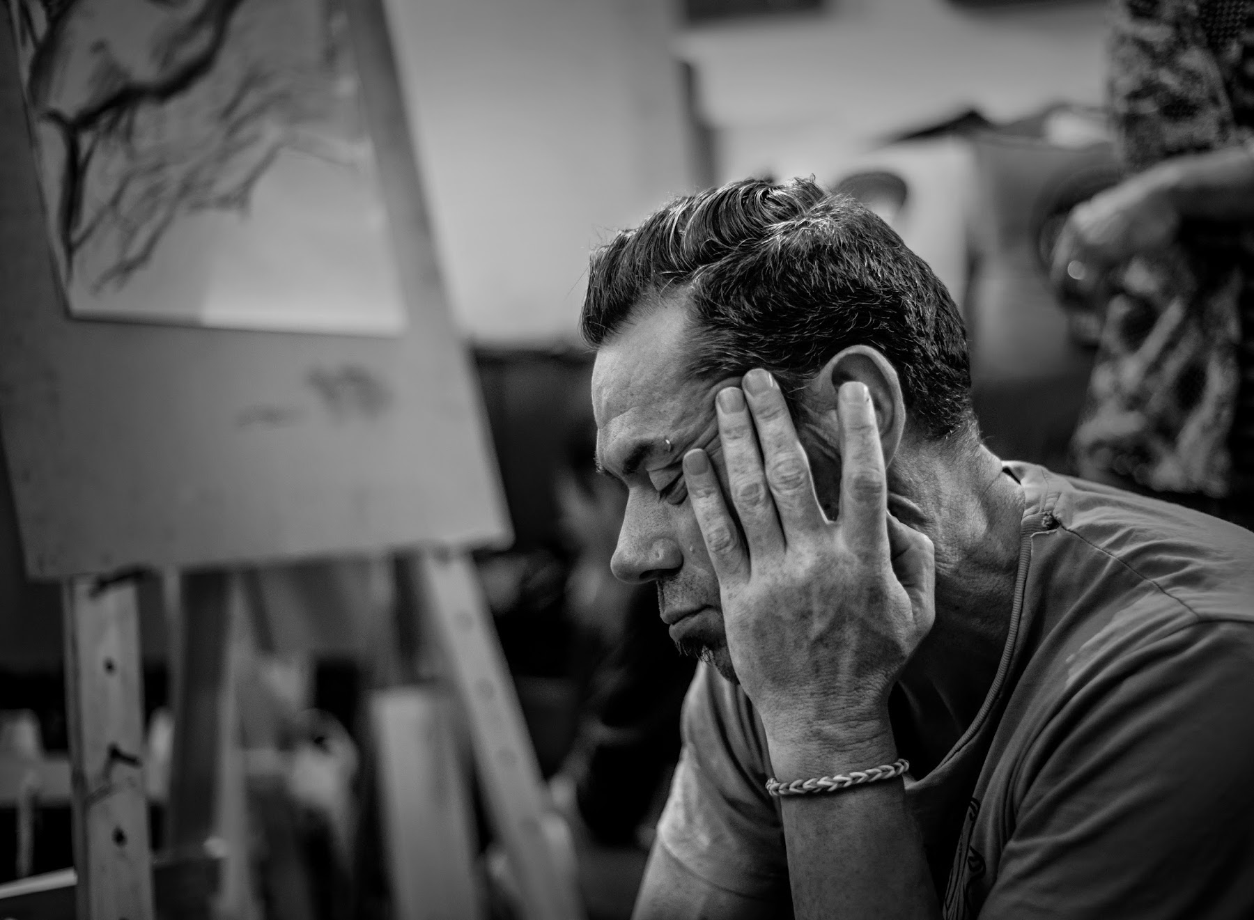 How This Artist Overcomes His Greatest Struggles By Choosing To Celebrate Life, Anthony Breslin, Strength and Resilience