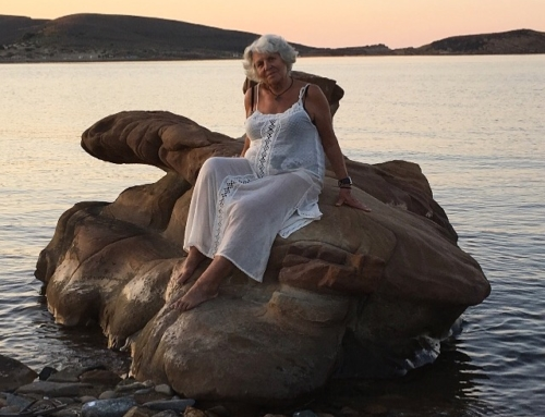 Happy 80th Birthday to this Glamazon…my Mamma